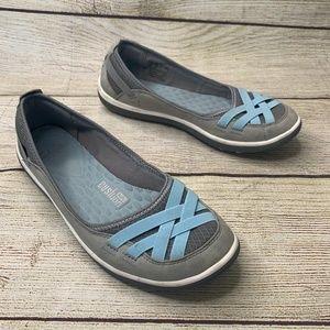Clarks Privo Women's Blue Slip On Flats Wide